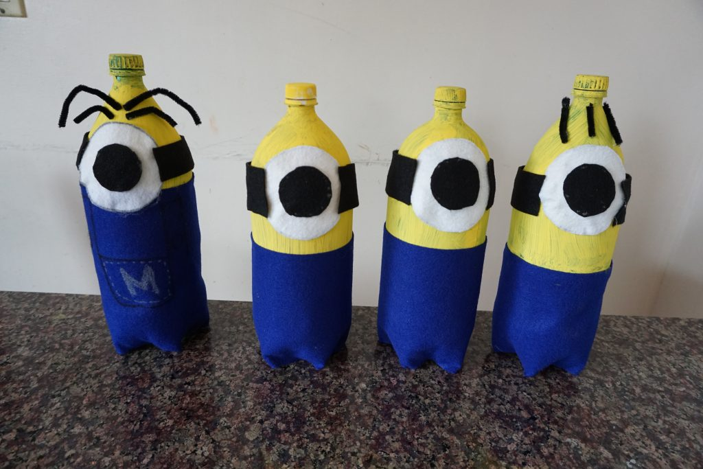 Minion bowling party game