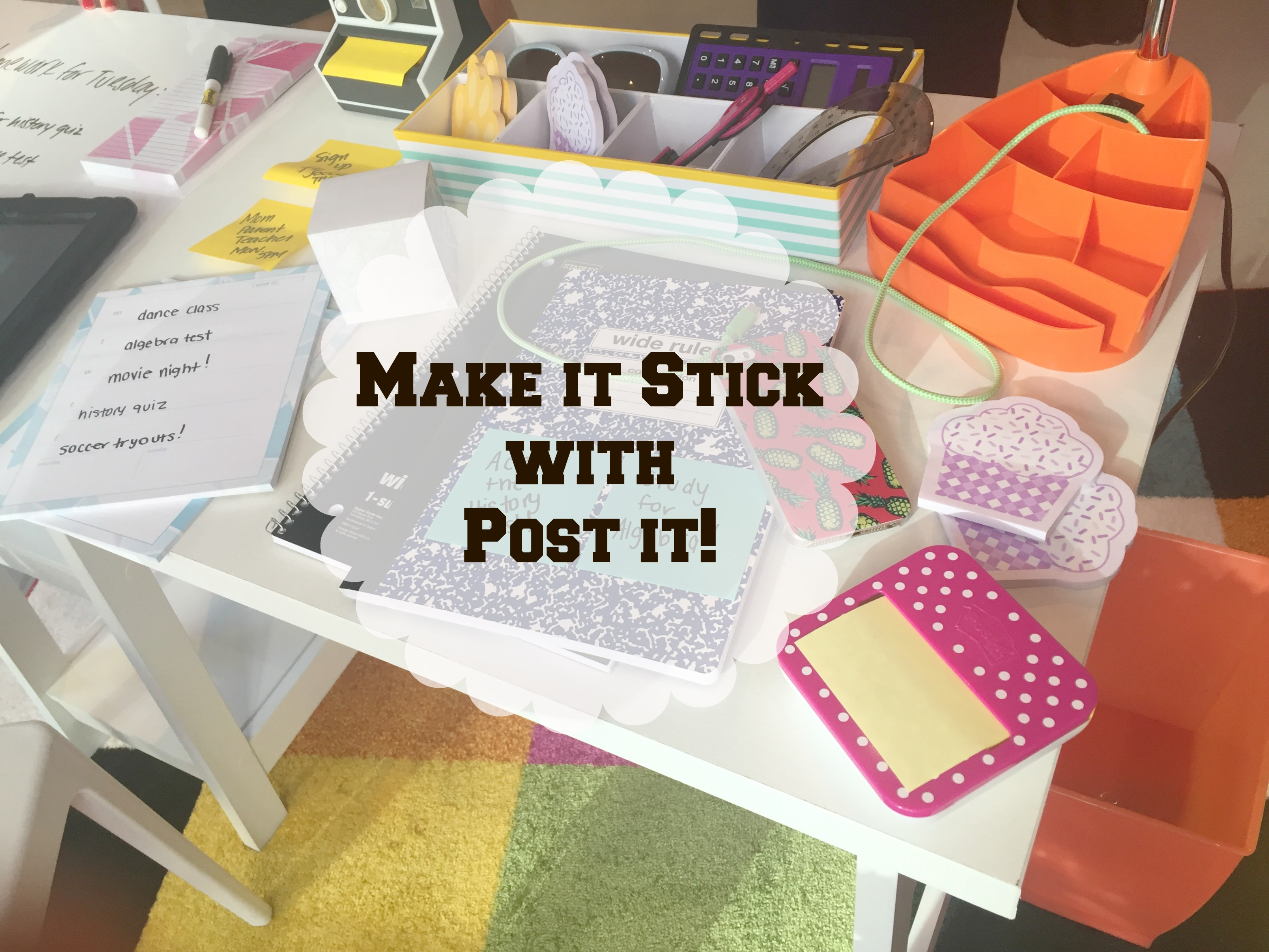 Post It Desk